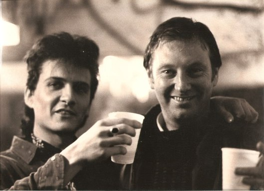 FOTO 3 - Slep and Lee Brilleaux , leader of Dr.Feelgood, during 1987 Tour Support (1)
