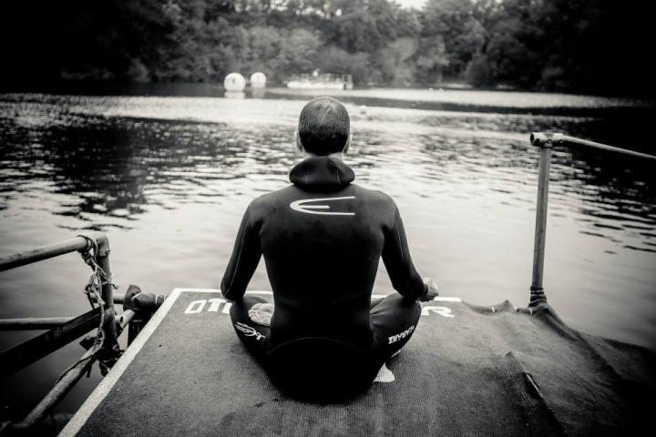 Meditating before the dive